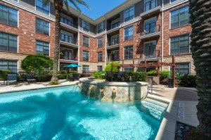 One Bedroom Apartments for Rent in Houston, TX - Pool with Fountains